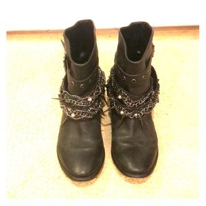 Super cute boots w/ chains/spikes by Zara size 37